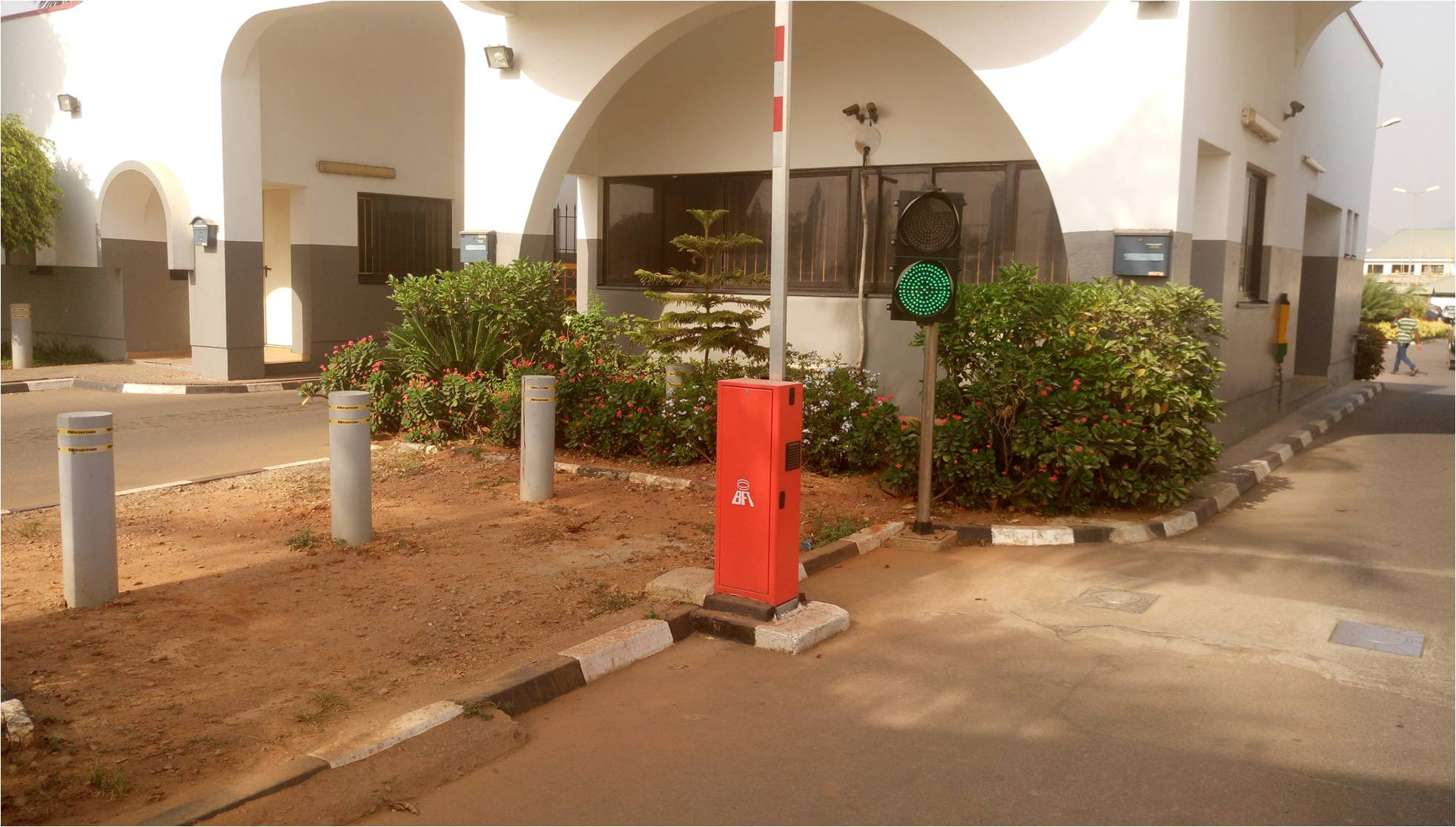 Automatic Stainless Steel Bollards/Under Vehicle Scanning System