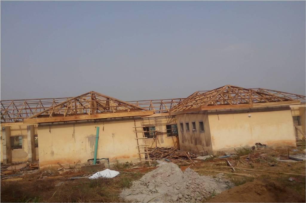 Monthly Progress Report (PRG): Rehabilitation of 1No. 8-Man Rank & File Quarters at Owu-Ijebu, Ogun State.: LotNo F180118; 2018